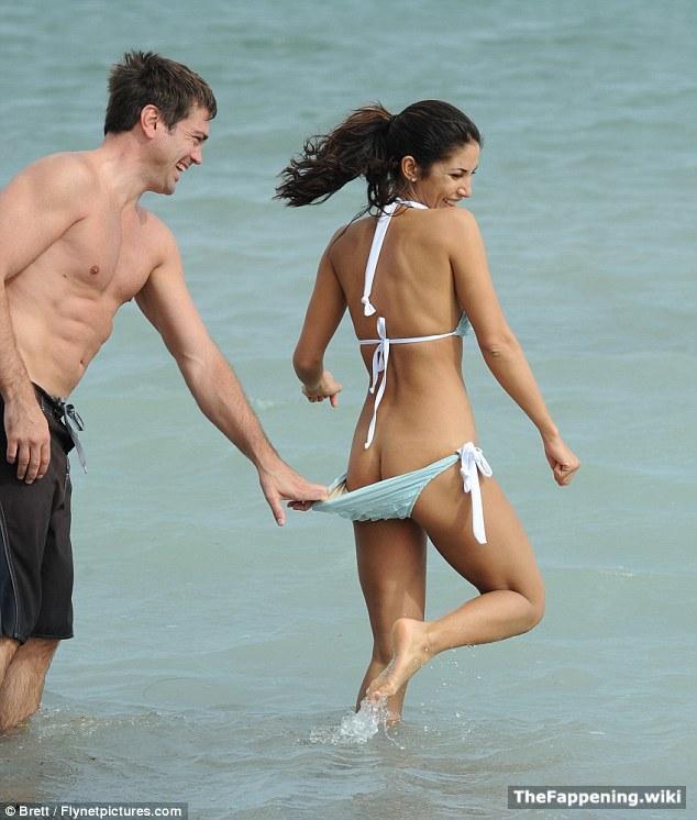 Girls bikini bottom falls off