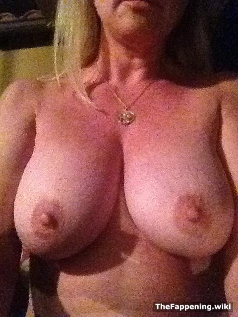 naked rufa mea cinto