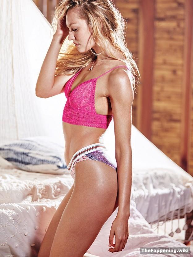 Women wearing girdles nylons sexy