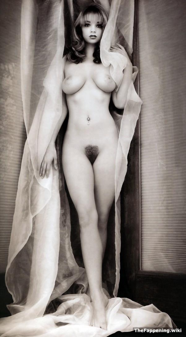 Alicia nude pics