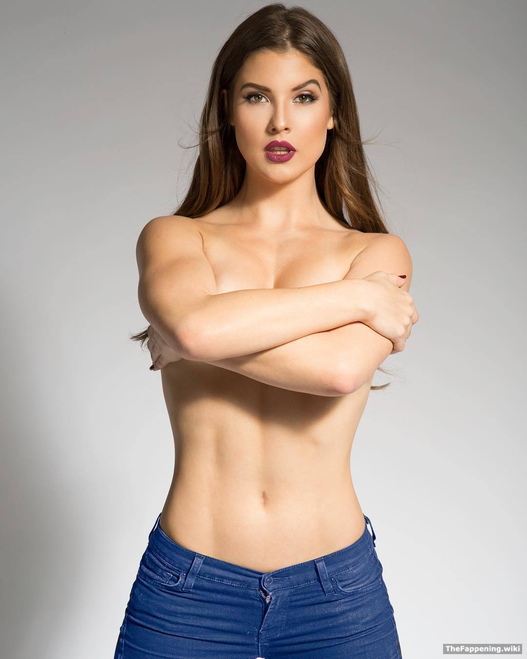 Amanda Jones Nude amanda cerny nude pics & vids - the fappening