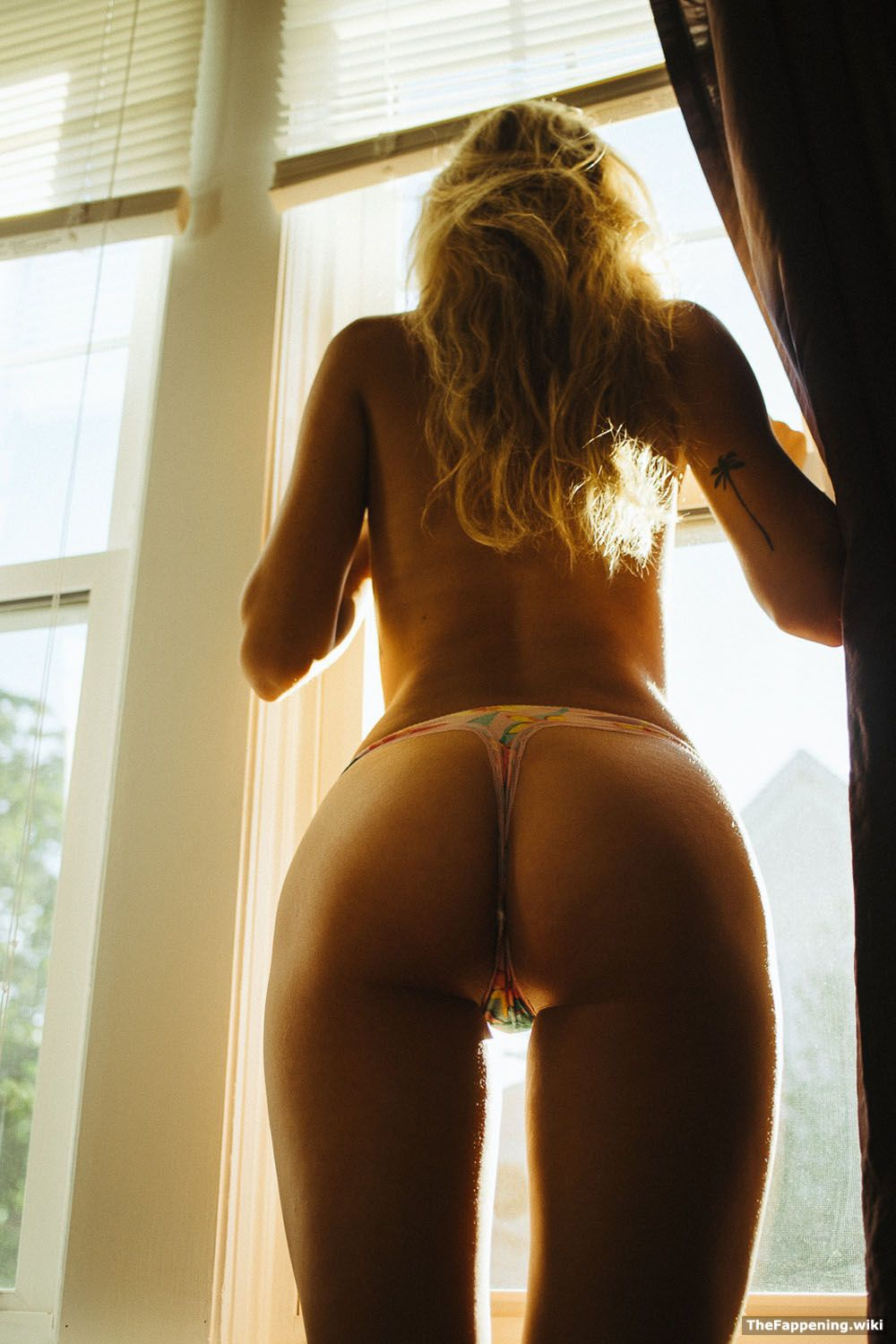 naked (81 photo), Topless Celebrity pictures