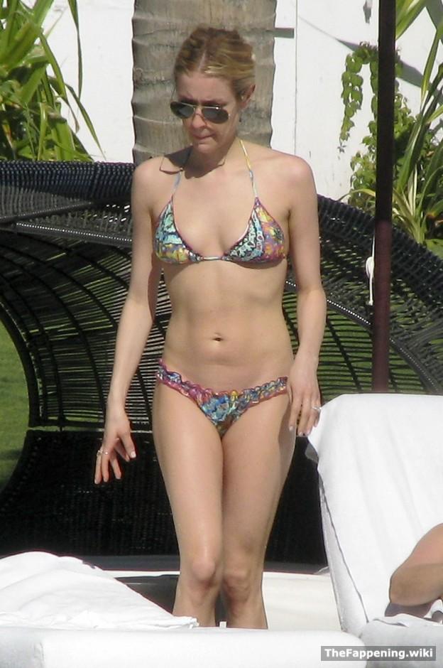 Pussy passport kristin cavallaris bikini body