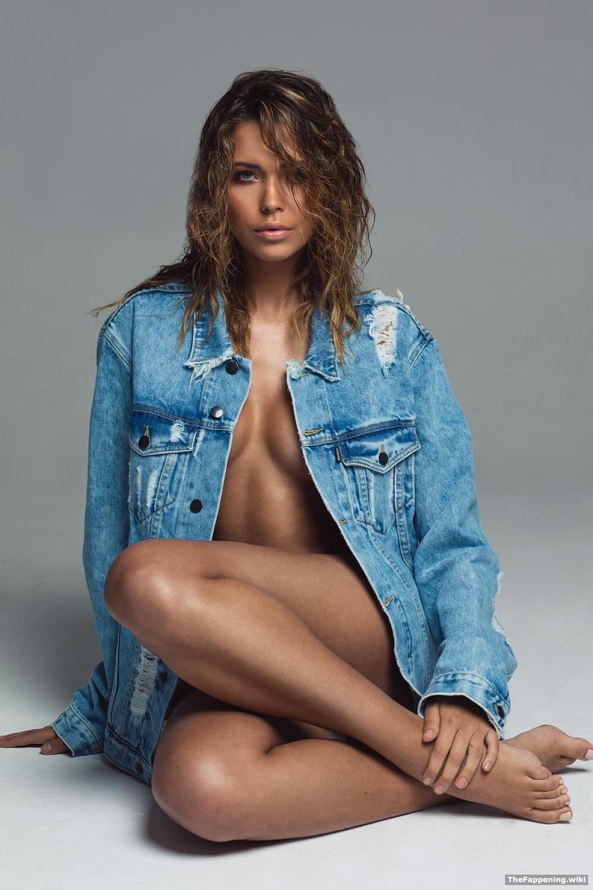 Sandra Kubicka Nude Pics Vids The Fappening