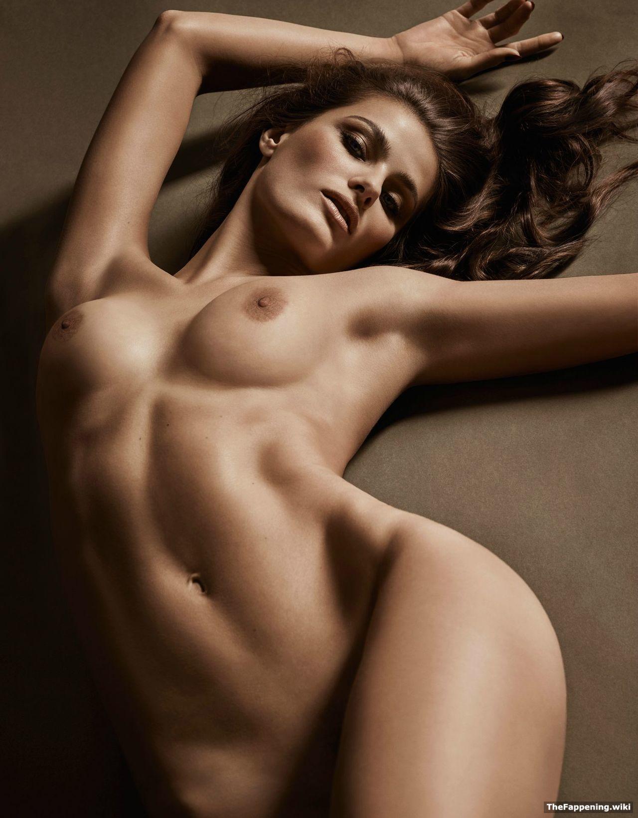 Naked photos of isabeli fontana