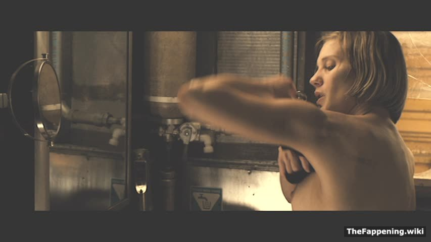 free nude photos of katee sackhoff