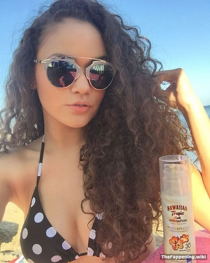 Showing porn images for naked madison pettis porn