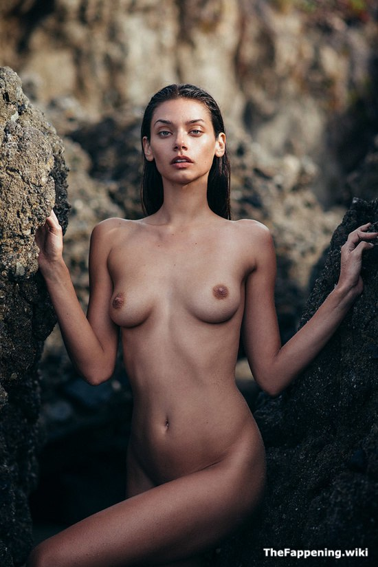 Free sexy naked women pictures