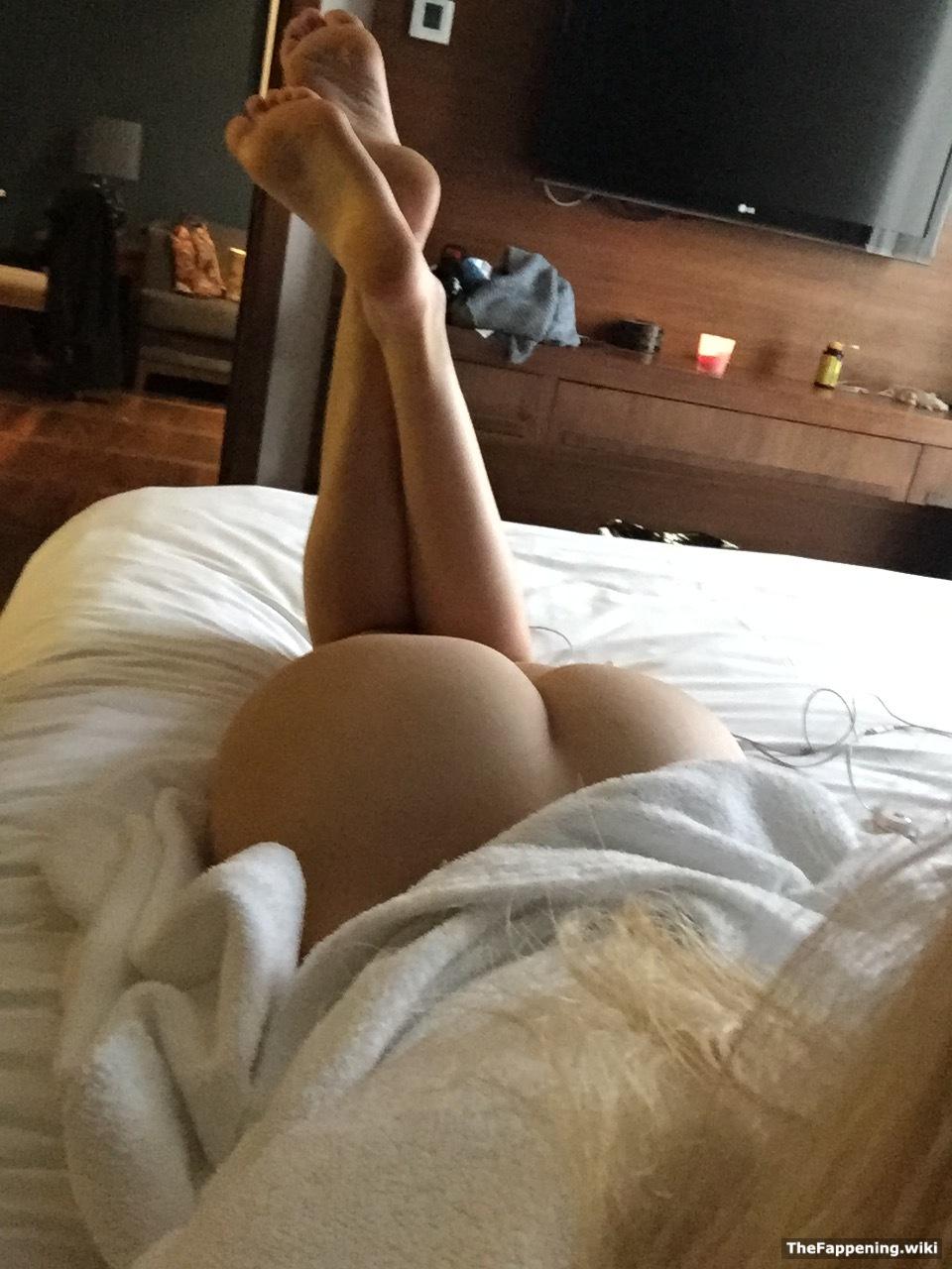 Samara Weaving Nude Pics & Vids - The Fappening