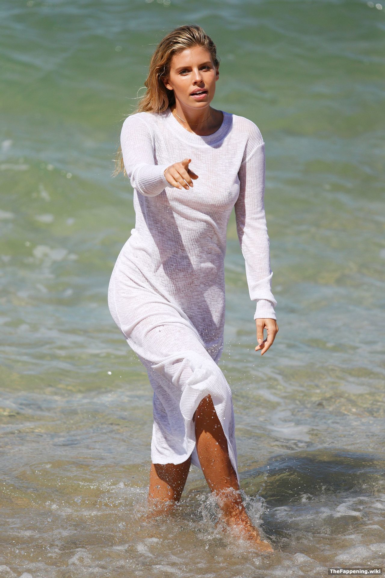 Natasha Oakley Nude Pics  Vids - The Fappening-7207