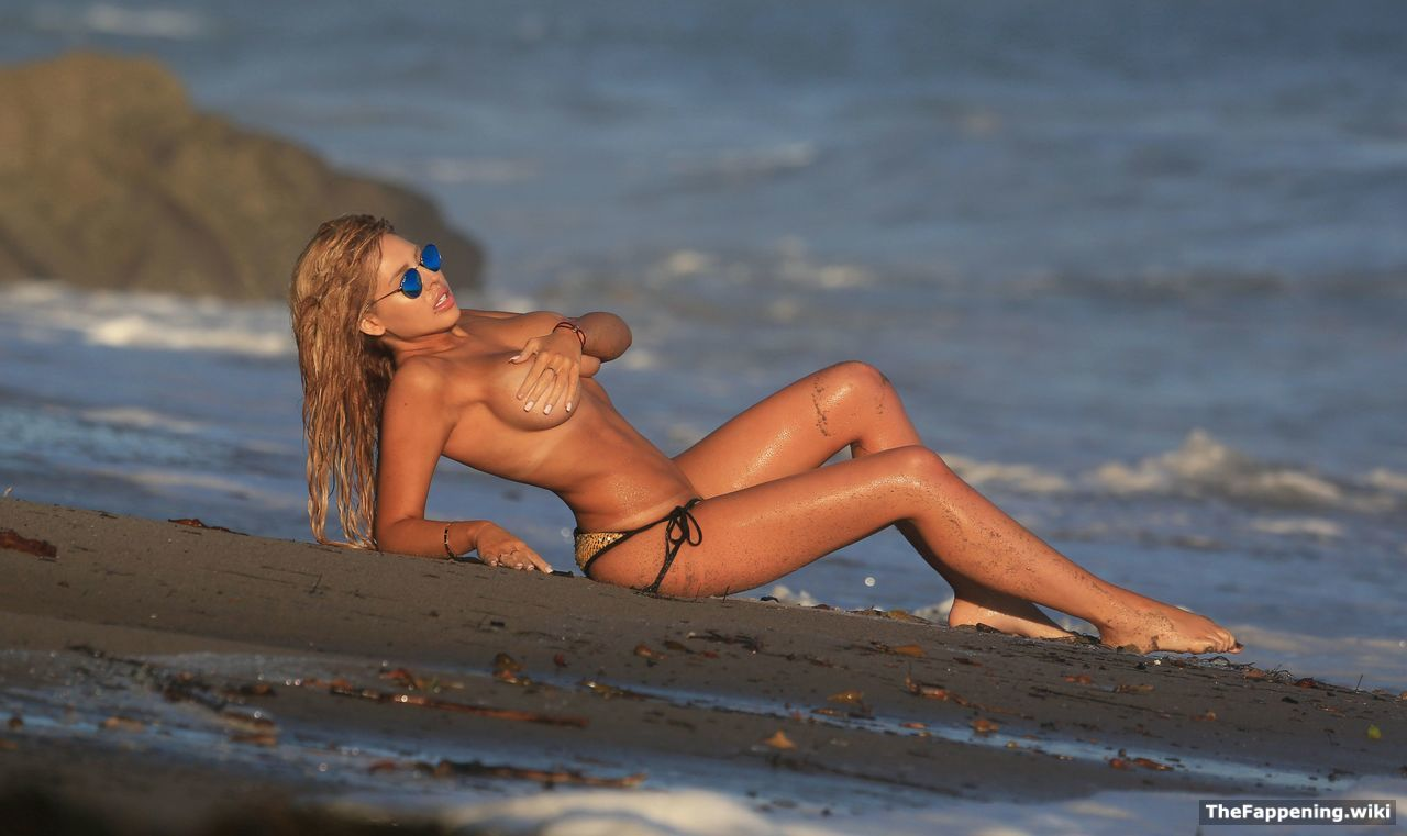 Sex Francesca Larrain nudes (44 photo), Topless, Hot, Feet, swimsuit 2020